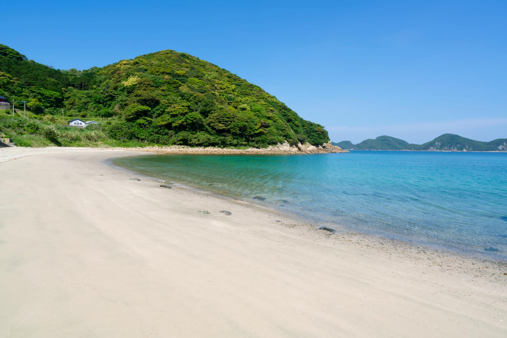 【上五島】歴史ある教会と碧い海、心癒される絶景をチャリで満喫-0