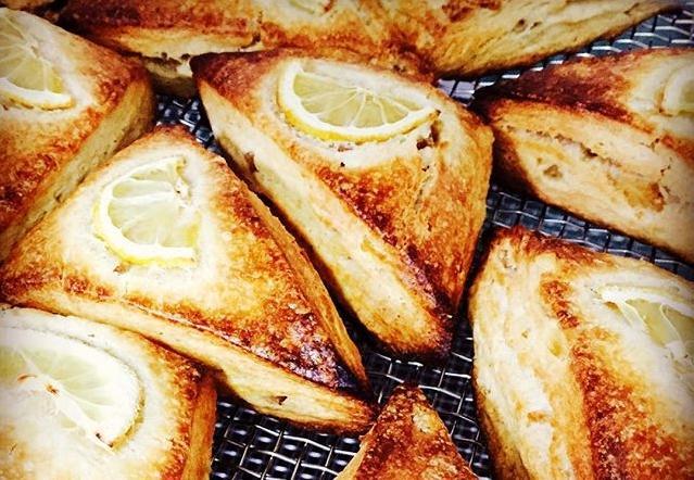 おしゃれベーカリー&カフェはまさかの廃校!自家栽培の小麦から作るおいしいパン-1