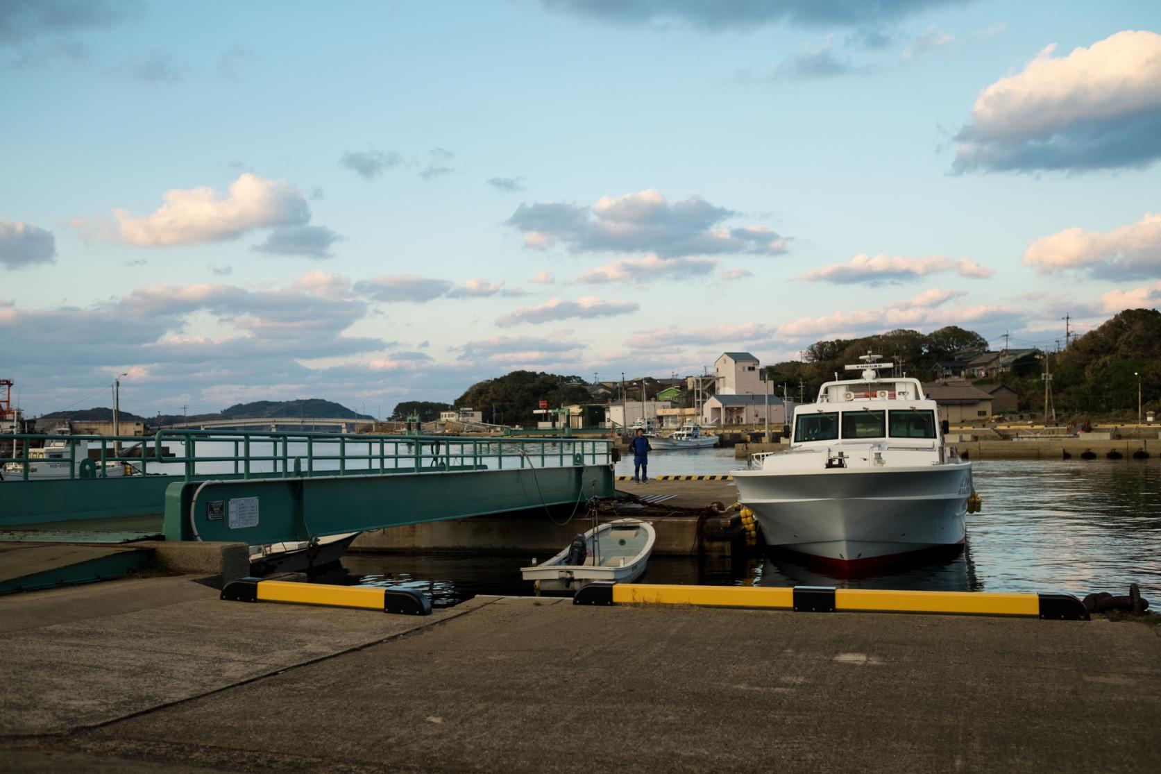 手つかずの自然が残る世界文化遺産の島 野崎島へ-8