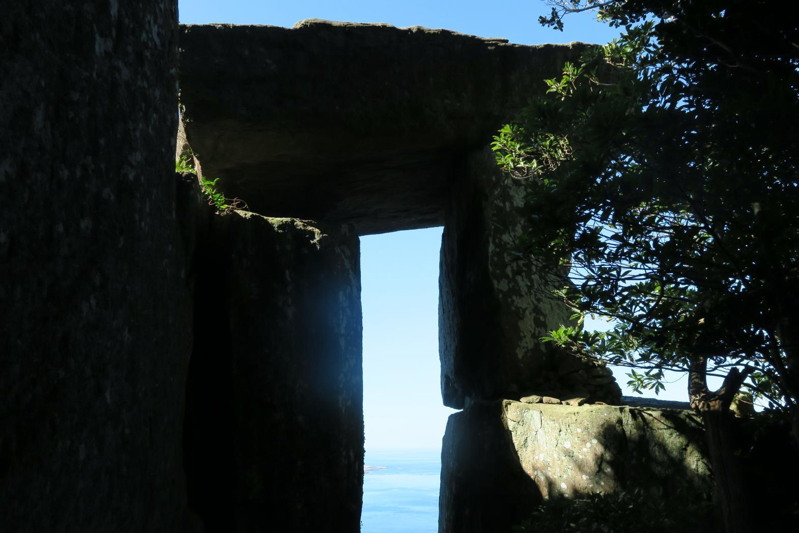手つかずの自然が残る世界文化遺産の島 野崎島へ-5