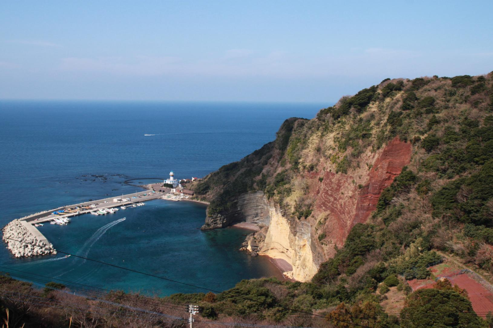 赤ダキ断崖-1