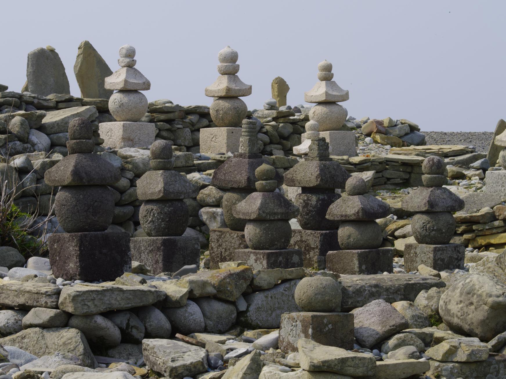 日島曲古墓群-1
