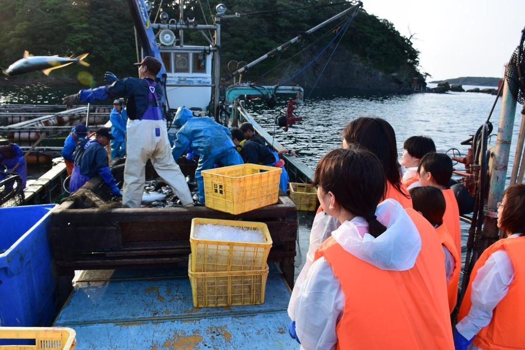 定置網漁体験(対馬)-1