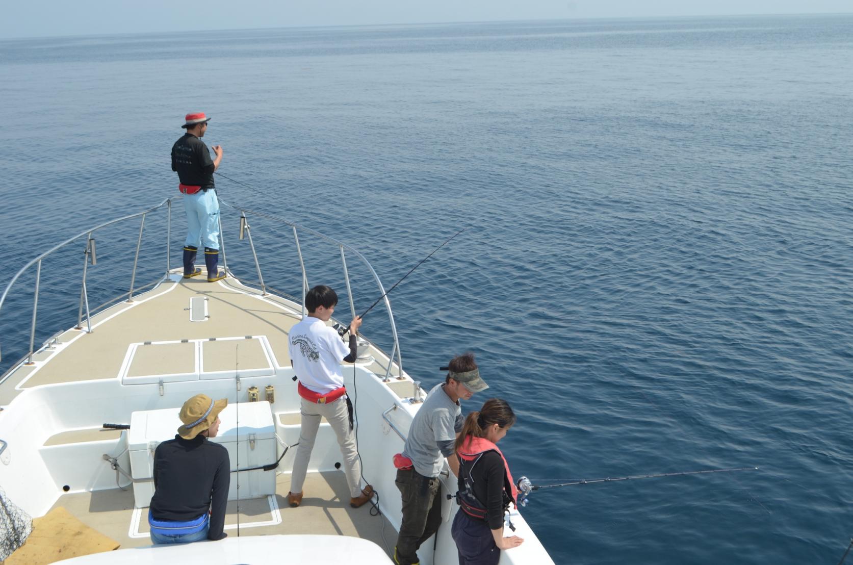 対馬の海を五感で楽しむ!遊漁船&BBQツアー-1
